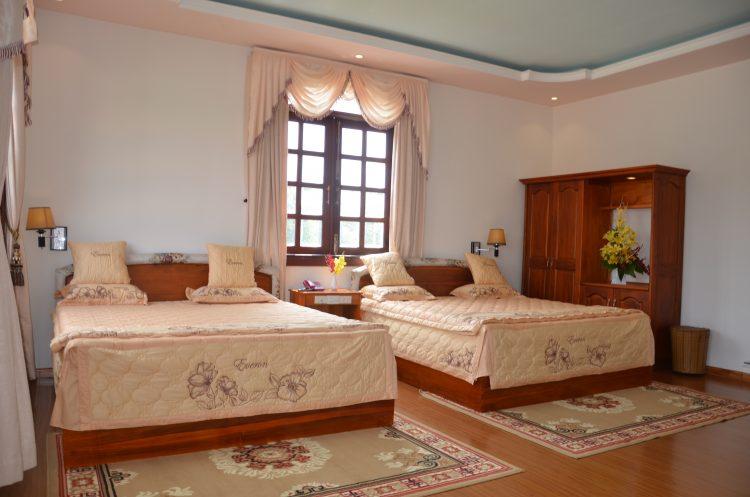 Phòng giường đôi của Khách sanh Hoa Viên