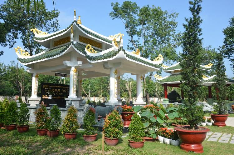 Khu mộ song thân nghĩa trang hoa viên Bình Dương