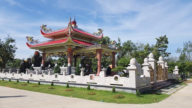 Cảnh quan khu mộ gia tộc nghĩa trang hoa viên Bình Dương