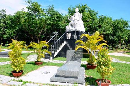 Khu mộ Văn Phù Bồ Tát Hoa Viên Nghĩa Trang Bình Dương